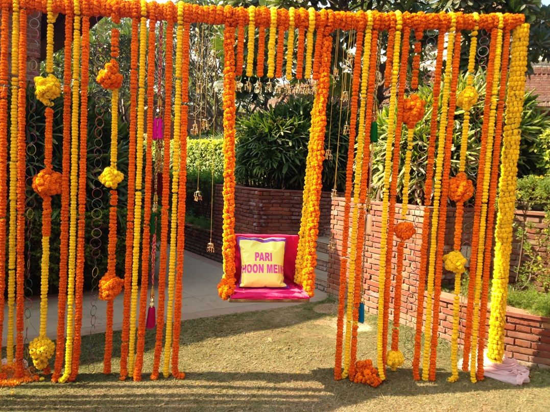 4 uber fun decor ideas for your mehendi wedmegood for Home decor ideas for indian wedding