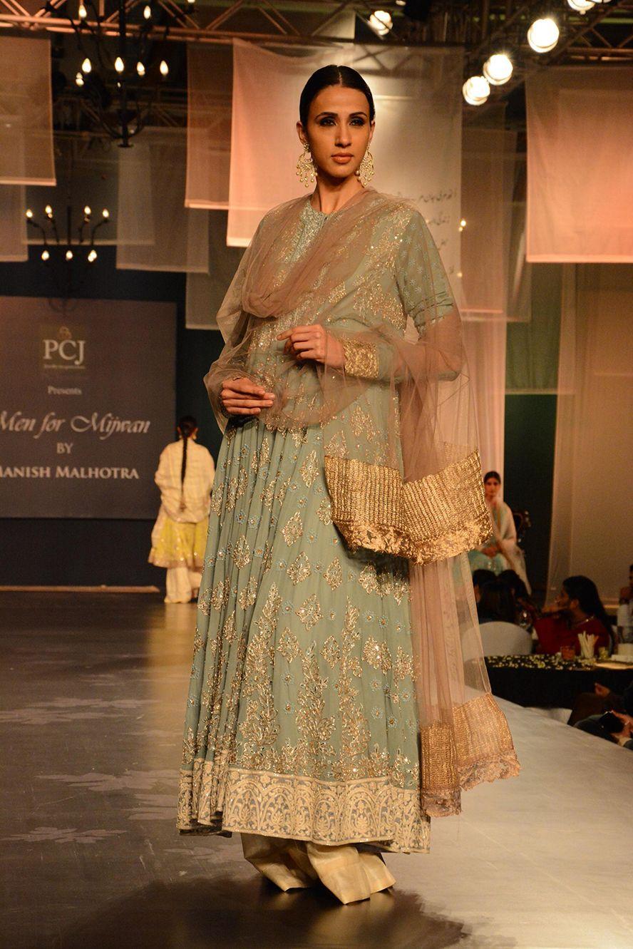manish malhotra mijwan wedmegood wmg picks portfolio pakistani bride