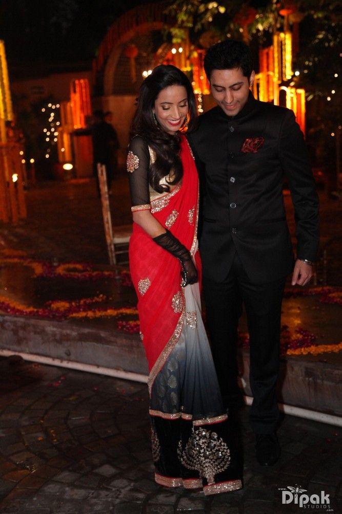 black and red-sari-001