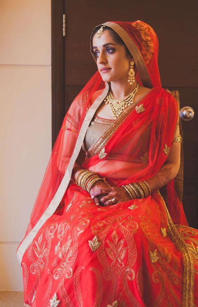 bridal-lehenga-red-shantanu-nikhil (2)