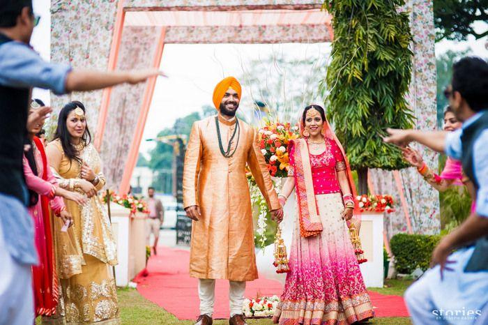 dance-indian-couple (1)