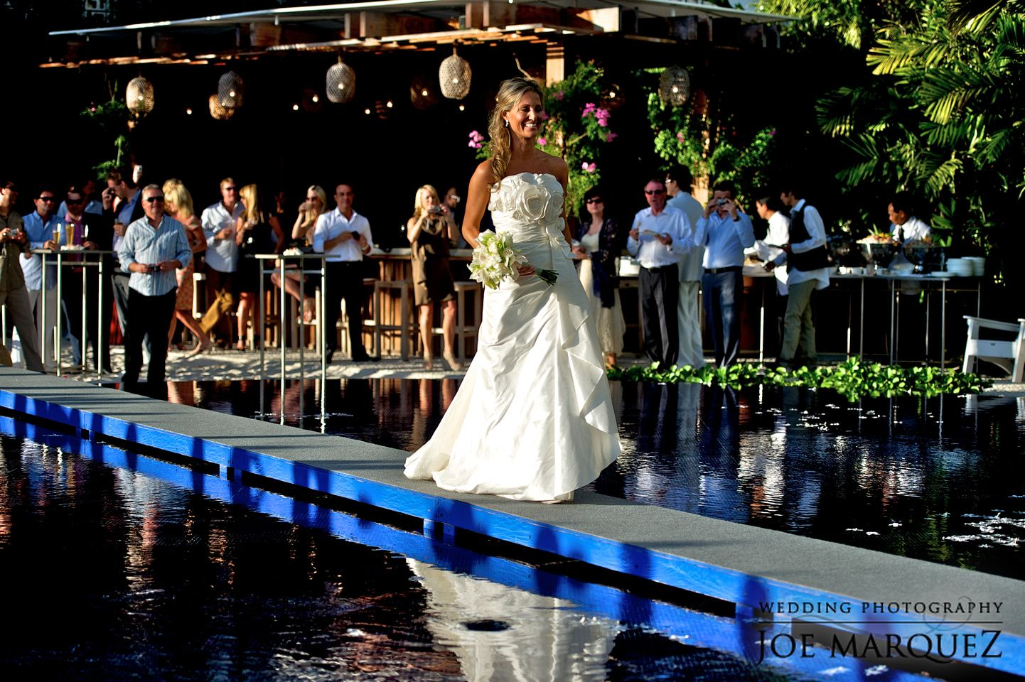 10 Bridal Entry Ideas That Have An Impact