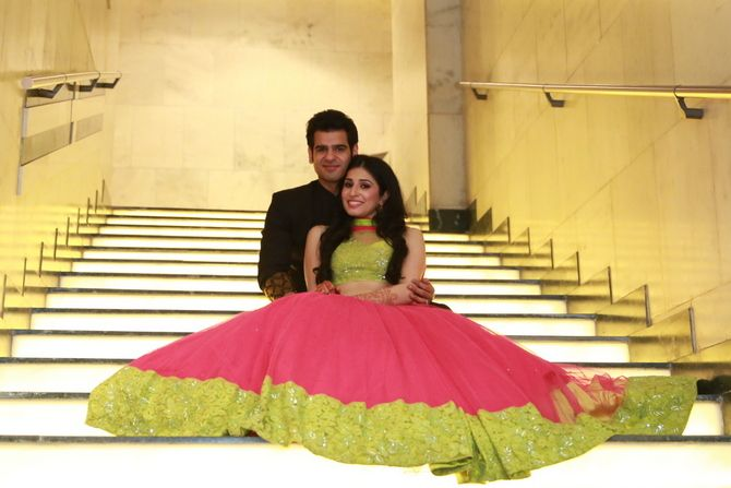 sangeet-lehenga-pink-and-green-001
