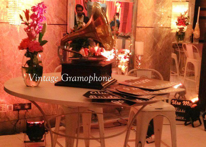 vintage-english-decor-for-indian-wedding 01-06-2014 22-13-51