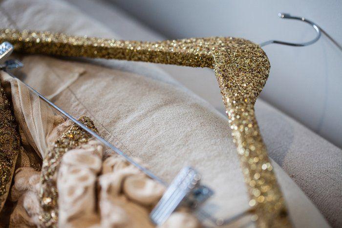gold-glittery-hanger