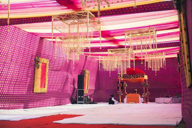 A stylish sikh affair in jalandhar with saffron details amarjeet mk37305 junglespirit Gallery