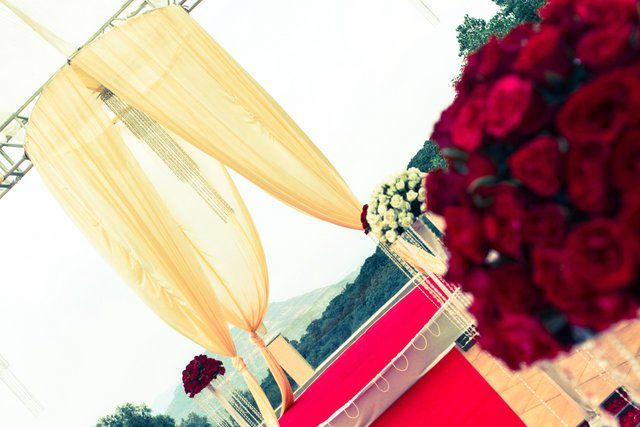indian-beach-wedding-decor-005