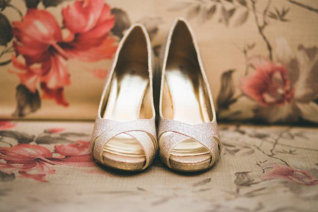 silver-pumps-bridal