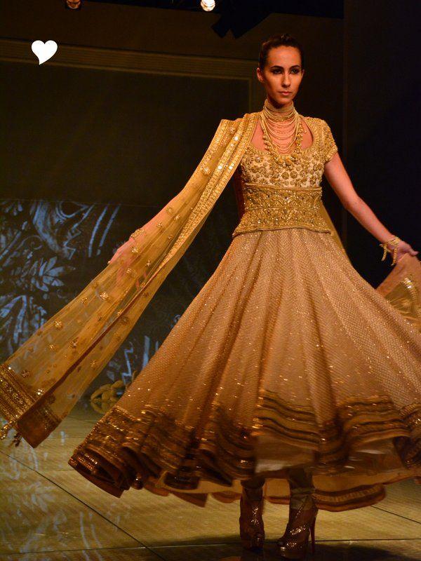 tarun-tahiliani-bridal-collection-2014 (33)