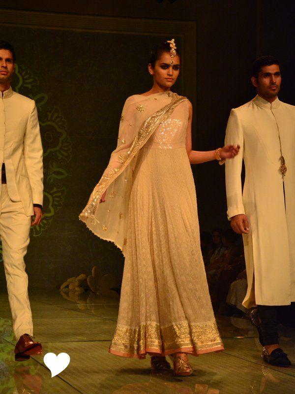 tarun-tahiliani-bridal-collection-2014 (56)