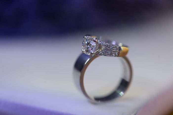 engagement-rings-001