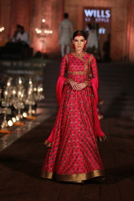 Rohit Bal At Wills Lifestyle India Fashion Week 2015