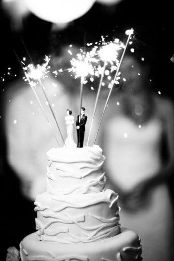 sparkelrs-cake