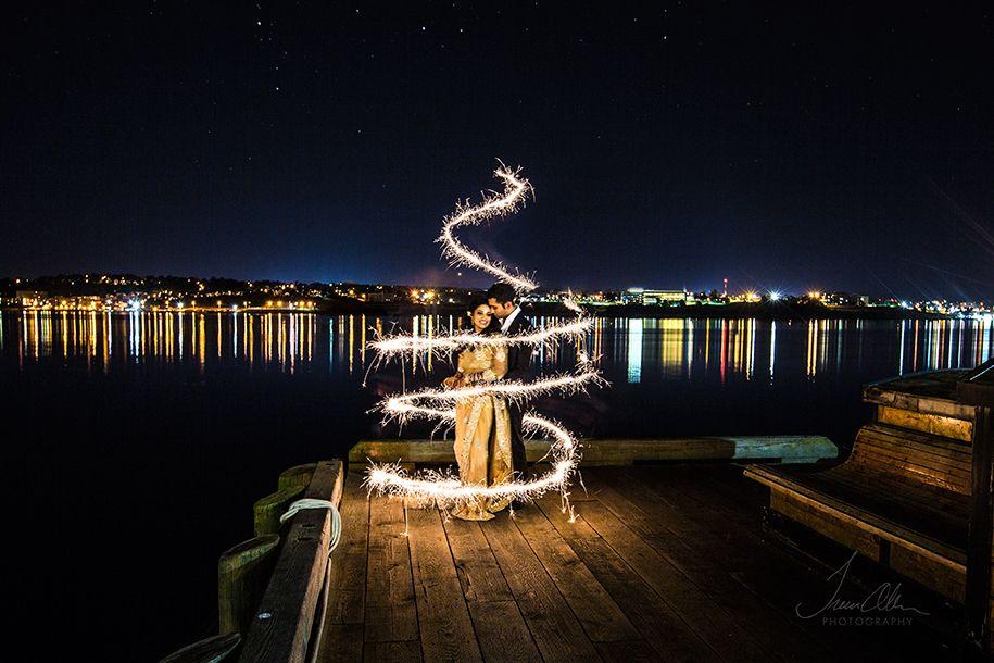 sparklers-pre-wedding-shoot