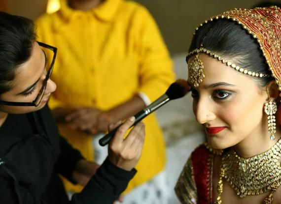 1425536962_simran-kalra-bridal-makeup-artist-delhi2