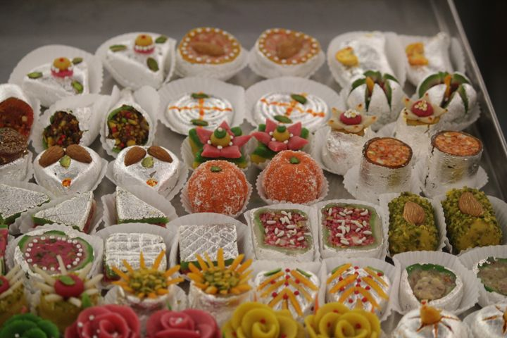 Assorted-Fancy-Mithai-1