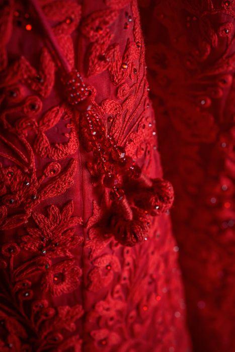4-red-bridal-lehenga-003