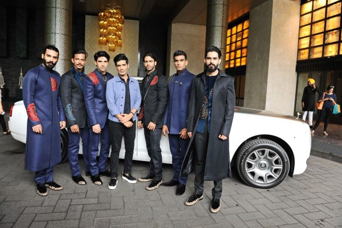 Designer Manish Malhotra with models at the preview of his collection 'The Gentlemen's Club' at Lakme Fashion Week Winter Festive 2015_2