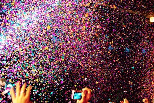 the-confetti-toss