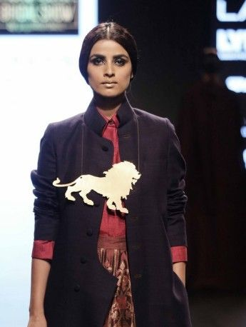 Model walks for Payal Khandwala at LFW WF 2016 (2)
