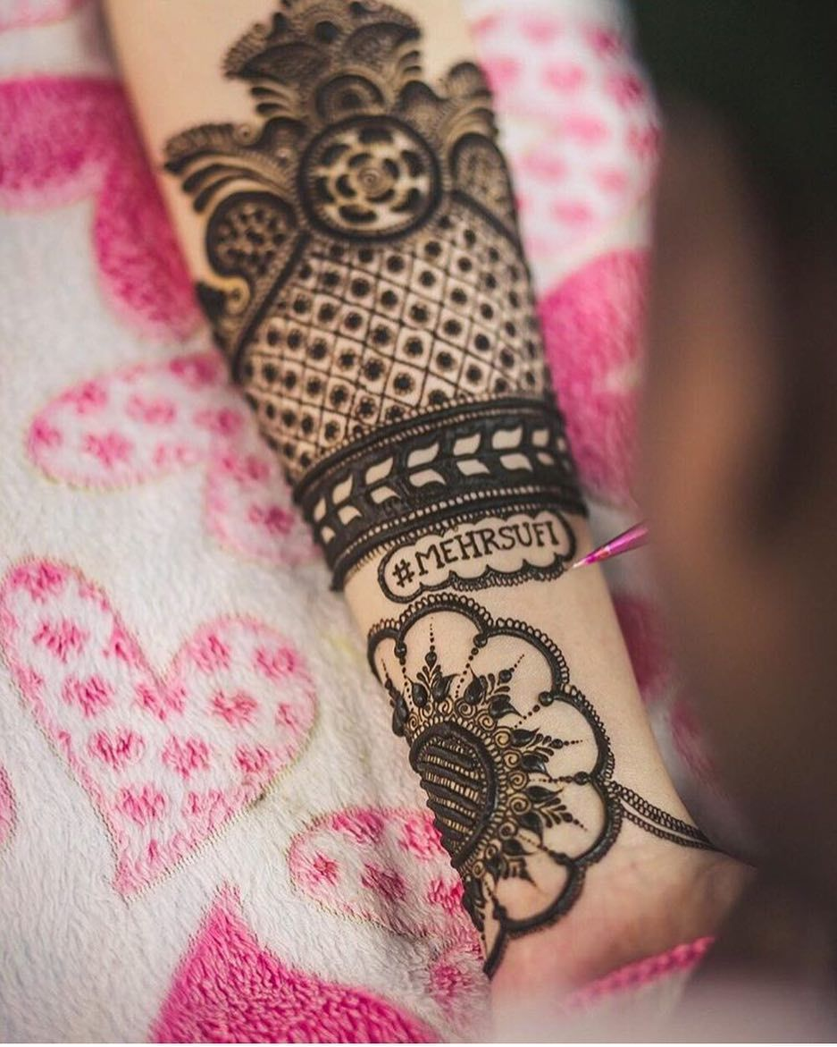 Mehndi with Wedding Hashtags