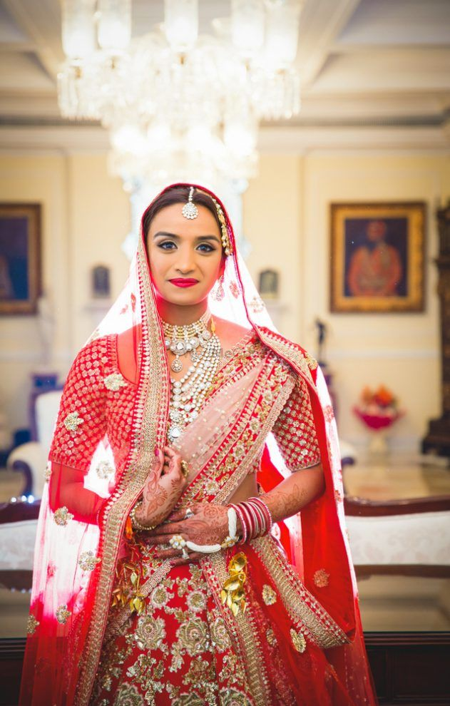 5 Things To Keep In Mind While Pinning The Bridal Dupatta