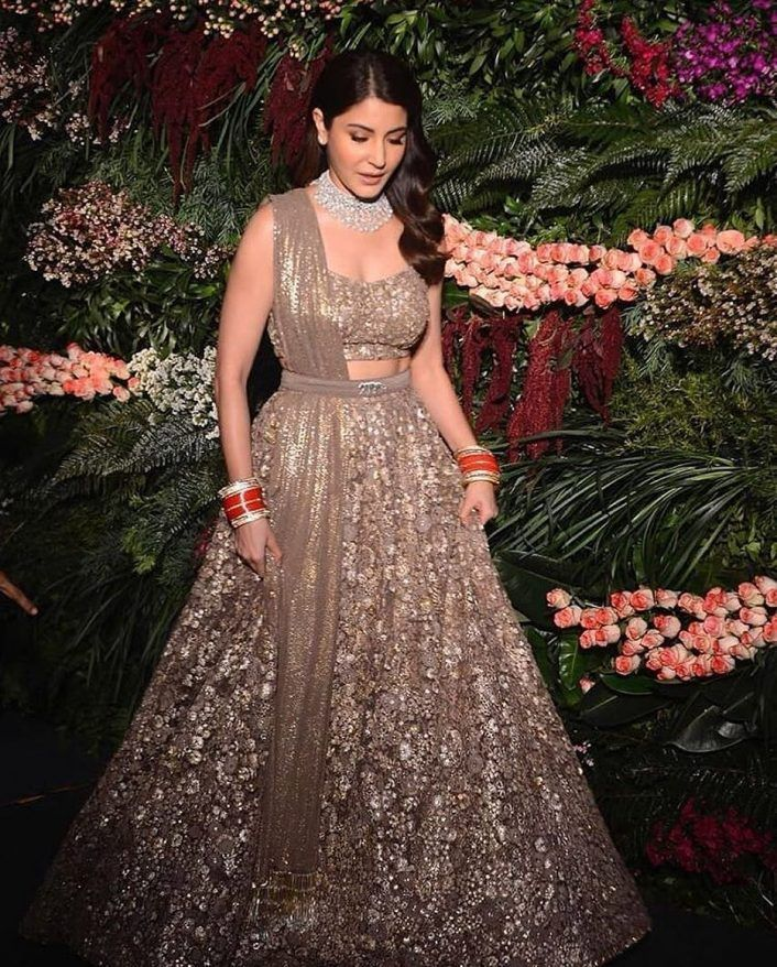 Anushka Sharma reception lehenga
