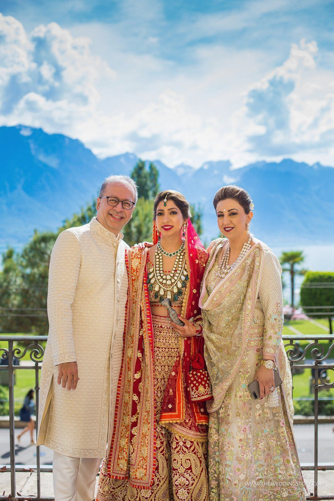 Wedding picture ideas with parents