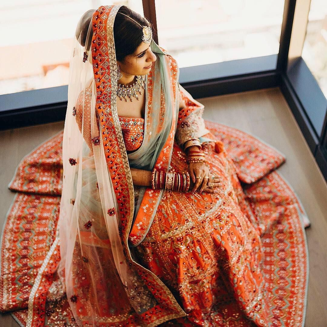83a3825814 Unique Bridal Lehenga Colour Combinations Which Will Be Big In 2019 ...