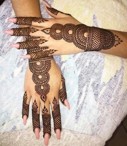 hand harness arabic mehndi design