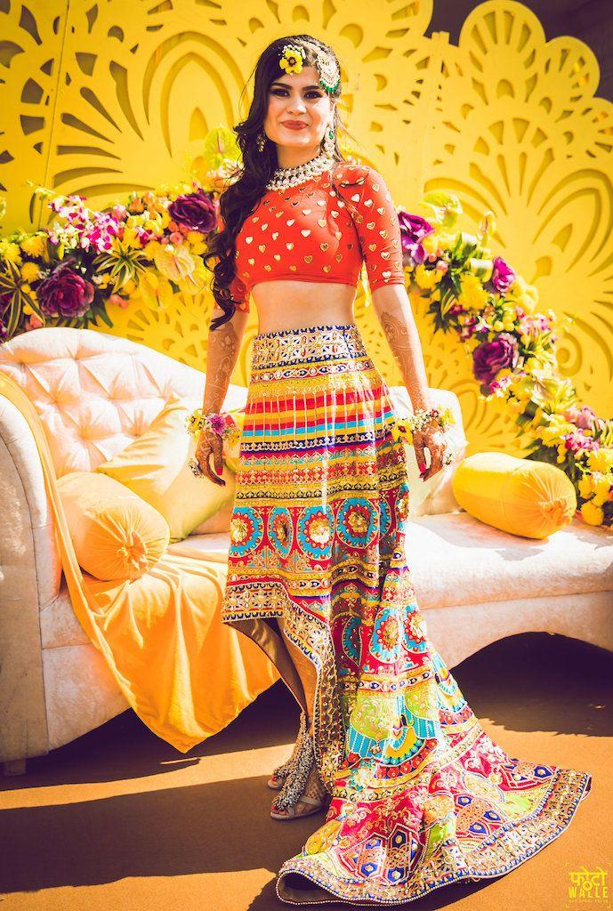 Extraordinary Bridal Lehenga Styles for your Exclusive Modern Wedding, 1523017270 Mehendi 13