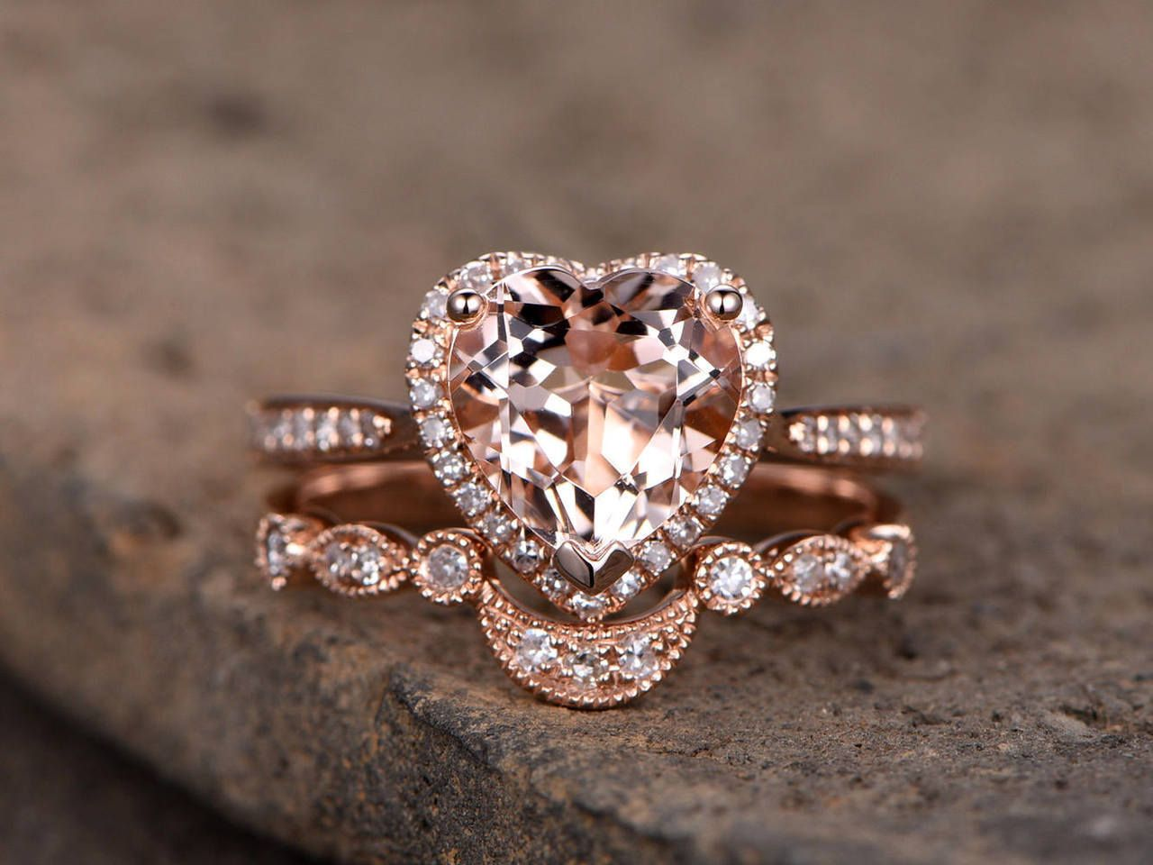 This pretty stacked Morganite ring