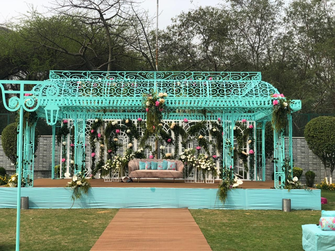 Breathtaking Vintage Theme Add-ons that We Spotted For Your Wedding, 843bebb8 9020 4f88 912f c484be3b8170.jpg