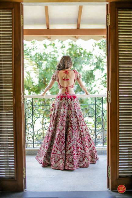 How to Choose a Bridal Lehenga for Your Body Shape!