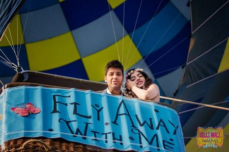 A pre wedding shoot on a Hot Air Balloon !