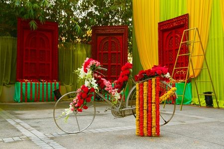 12 Amazing Installations For All Kinds of Weddings (Brides, There's Something For Everyone!)