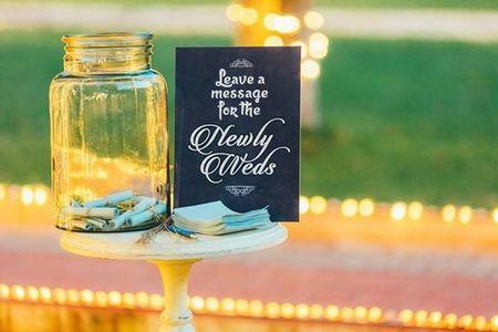 16 Super Cute Ways To Use Mason Jars at Weddings (Utility & Fun, Heh!)