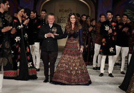 Lakme Fashion Week SS16 Finale: Rohit Bal's Exquisite Details ...