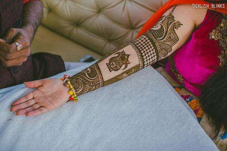 #NewTrend: Mehendi With Lots of Empty Spaces!
