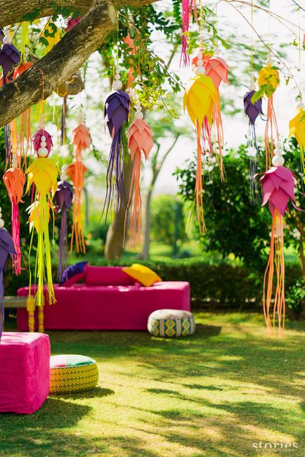 Best Ways to Use Paper Creatively In Your Wedding Decor! (Hello Origami)