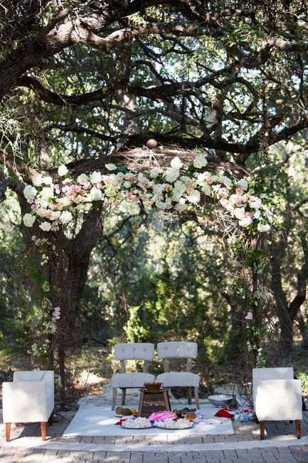 New Wedding Settings We Wish More Indian Couples Would Try!