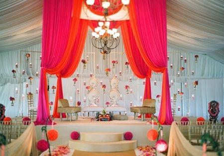 Big, Bold & Beautiful: New and Inspiring Mandap Setups for Your Winter Wedding!