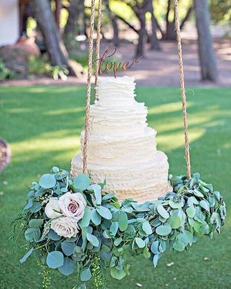 #Trending: Wedding Cake on a Swing? Looks Like This Trend Is Here To Stay!