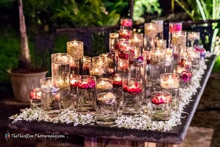 #GetTheLook: Pretty Engagement Corner Setting Decor In Under 5000Rs!