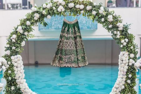 This Bride Embroidered Her Lehenga With Memorable Photos & Here Is How It Turned Out !