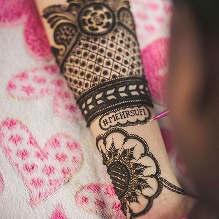 10 Cute Ideas to Personalise Your Bridal Mehendi !