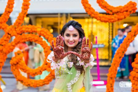 """#FirstPerson: """"5 #NextLevel Cool Ideas I Implemented For My Sundowner Mehendi!"""""""