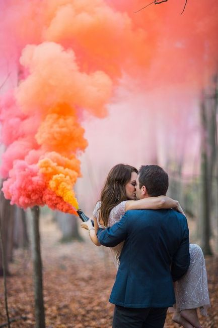 All The Trendy Ways You Can Use Smoke Sticks At Your Wedding!