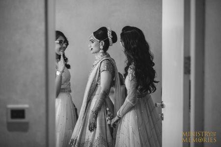 Regal Surat Wedding With A Bride In Exquisite Jewellery!