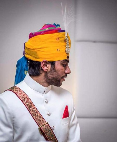 The Most Amazingly Stylish Groom Safas & Stoles!